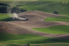 "Working the Land (IronRodArt - Royce Bair (""Star Shooter"")) Tags: farming agriculture palouse palousevalley washington fertilizing tractor contour dryfarm farm land soil soilpreparation"