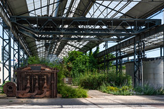 jardin des fonderies (Istvan SZEKANY) Tags: jardindesfonderies architecture city downtown europe history metalframe nantes nature overheadcrane ride shed sonyalphasclub town trip