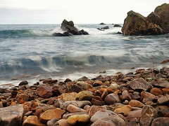 Seamonster (Jenne Barneveld) Tags: findochty morayshire moraycoast moray moraycoastline northsea coastline coast longexposure sea rocks rock scotland scenery seamonster monsterofthesea