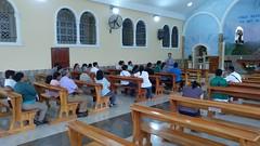 Distribución de grupos para la misión parroquial, después de la Misa del domingo. Este año la misión se desarrolló en el barrio de El grito de La Libertad
