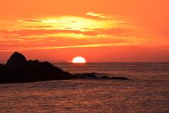 Orange Sea (danijimenez77) Tags: vinaros vinaròs vinaroz melocoton melocotón mar sea amanecer sunrise naranja orange