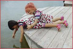Kindra, fall nicht ins Wasser ... (Kindergartenkinder 2018) Tags: annemoni setina tivi sanrike kindra kindergartenkinder sommer naturbad olfen