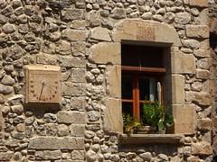 Meridiana a San Llorenç de Muga (fotomie2009) Tags: sundial meridiana stones window finestra san llorenç de muga spagna españa espanya catalogna catalunya cataluña catalonia catalonha