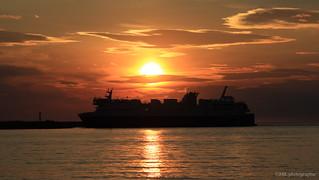 Rentrée au port au coucher du soleil