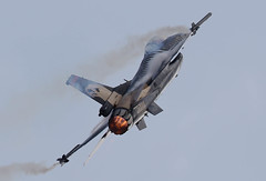 Lockheed Martin F-16C Fighting Falcon 88-0032 Solo Turk 002-1 (cwoodend..........Thanks) Tags: riat2018 airshow2018 2018 royalinternationalairtatoo raffairford fairford soloturk lockheed lockheedmartin lockheedmartinf16 f16 f16c viper f16viper fightingfalcon fightingfalconf16c 880032 turkishairforce