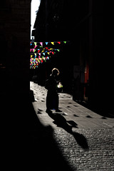 MAU_3816_1 (maurizio.s.) Tags: caffè meletti ascoli piceno ombre shadows shadow donna woman bianco e nero