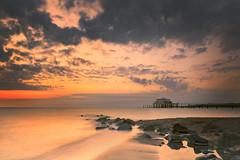 Dawn on the beach (PhotoChampions) Tags: balticsea ostsee dawn sonnenaufgang beach strand rocks steine meer timmendorf clouds wolken landscape seascape landschaft küste schleswigholstein
