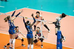 "DSC05068 (jeffreyng photography) Tags: fivb volleyballnationsleague volleyball 世界排球聯賽 vnl 女子排球 ""hong kong station"" 日本對意大利 japanteam ""italy team"" cristinachirichella paolaogechiegonu"