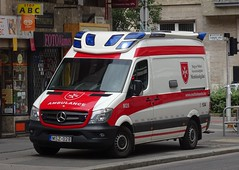 Mentőszolgálat - MSZ-028 (999 Response) Tags: hungary hungarian ambulance budapest orderofmalta order malta