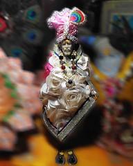 Jai Sai Ram..🙇 Om Sai Ram..🙌 Baba ji bless us all..🙏🙇 Happy Thursday..😊 . . . . #om#sai#ram#saibaba#jai#baba#shirdi#temple#athome#devotional#photography#photoshoot#photographer#photographerlife#photographerslife#devotee#lig (carkguptaji) Tags: bhakt photographerlife sai om muslim athome crown baba ram religious unity photographerslife dress sikh lights temple devotional isai shirdi photography saibaba jai photoshoot devotee hindu colorful dharma photographer religion pinterest
