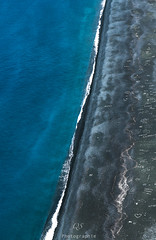 Entre terre et mer (Q.Sabourin) Tags: corsica travel sea seascape sable mer landscape blue mediterannée corse photography canon photographe colors earth nature france natural pure landscapephotography beach