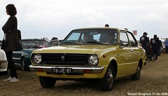 Toyota Corolla 1976 (XBXG) Tags: 76je81 toyota corolla 1976 toyotacorolla deluxe de luxe classiccarsaeroplanes 2018 seppe breda international airport ehse seppeairport vliegveldseppe seppeairparc vliegveld luchthaven aéroport meeting carmeeting bosschenhoofd noordbrabant brabant nederland netherlands holland paysbas vintage old classic japanese car auto automobile voiture ancienne japonaise japon japan asiatique asian vehicle outdoor