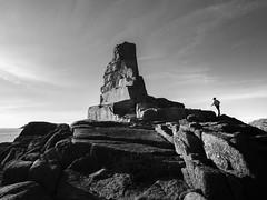 17072018-JCR10294 (Jean Christophe Rollet) Tags: baiedemorlaix bretagne mer noiretblanc paysage finistere nb perherel rochers saintsamson soir
