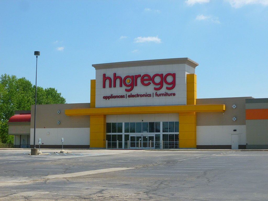 Former Hh Gregg/former Office Depot, E Washington St, Indianapolis, IN (
