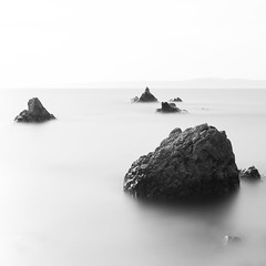 Heaven (Majime-SPN) Tags: highkey minimalism minimalist minimal rock water longexposure superlongexposure 16stopfilter japan japanese landscape landscapephotography nikon nikond5500 nikoncamera d5500 ニコンd5500