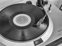 Blonde on Blonde (Dave_Bradley) Tags: vintage vinyl record player music bw black white olympus denon