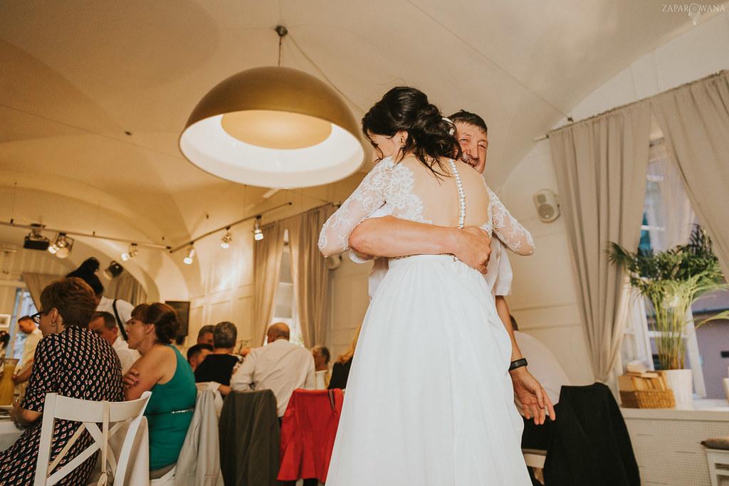 559 - ZAPAROWANA - Kameralny ślub z weselem w Bistro Warszawa