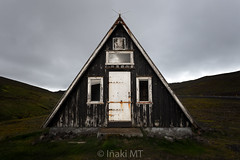 A Place Called Home (Iñaki MT) Tags: iceland triangle old house island architecture horizontal rust rusty occidental islandia is