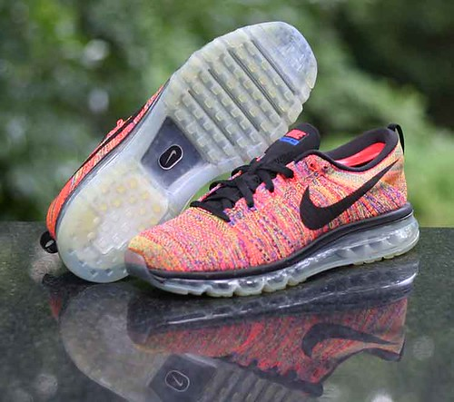 NEW Nike Mens Flyknit Air Max Sz 10.5 Black Multi Color Running Shoes 620469 016