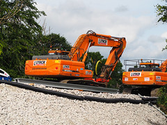 All aboard. (HivizPhotography) Tags: doosan dx300lc excavator digger earthmoving construction infrastructure rail lynch plant hire tracked ballast aberdeen scotland uk north east