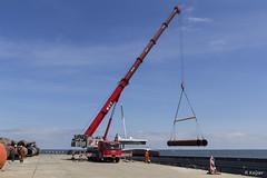 Grove GMK 5130-2 (Romar Keijser) Tags: kraan crane kran grove gmk 5130 130 ton tonner 51302 nioz texel haven lossen ina binnenvaart buizen kade