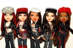 It feels so good (meike__1995) Tags: bratz dolls mga rock angelz roxxi cloe yasmin jade sasha