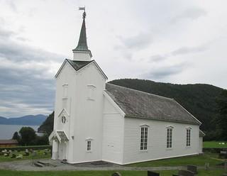 Vågstranda kirke