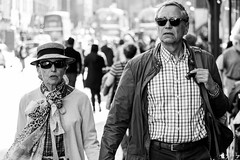 Style On The Mile (Cycling Road Hog 2018) Tags: blackwhite candid canoneos750d citylife colour couple efs55250mmf456isstm edinburgh fashion hat man monochrome people places royalmile scotland shades street streetphotography streetportrait style urban woman