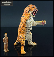 Standing Tiger (RobinGoodfellow_(m)) Tags: extant animal animals creatures creature figure model toy standing tiger roaring papo
