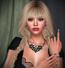 Hey There Delilah (lauragenia.viper) Tags: bento collabor88 genusproject gosee maitreya mina purpleposes seasonsstory secondlife secondlifefashion skinnery teefy zoz zurijewelry jewelry necklace earrings nails nailpolish meshnails sexy elegant blond blonde avatar virtual laurageniaviper secondlifemodel secondlifeblogger portrait closeup face beauty beautiful lady girl woman female bangs braid