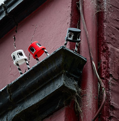 HH-Installations 2047 (cmdpirx) Tags: hamburg germany reclaim your city urban street art streetart artist kuenstler graffiti aerosol spray can paint piece painting drawing colour color farbe spraydose dose marker stift kreide chalk stencil schablone wall wand nikon d7100 installation install cement glue kleber klebstoff tile kachel styrodur styropor vinyl lp cd style guerilla knitting yawn bombing tape inst cutout yarn