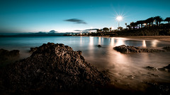 Sunset Lanzarote (der-ernst) Tags: island explore sunset sunrise volcano night longtimeexposure longexposure longexpo slowshutter wideangle high quality landscape landscapes nature outdoor outside rocks hills mountains water ocean sea vacation travel traveller natur natural sky clouds nikon sigma ultrawideangle tripod d5500
