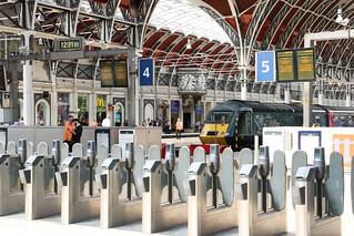 Quiet Time in Paddington Station, Londonn Paddington Station, London