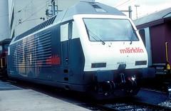 460 017  Lausanne  xx.10.94 (w. + h. brutzer) Tags: lausanne eisenbahn eisenbahnen train trains schweiz switzerland elok eloks lokomotive locomotive zug railway sbb 460 webru analog nikon