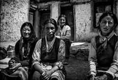 Women from Himalaya (rvjak) Tags: women femme f3 nikon himalaya india inde asie asia black white noir blanc bw film pellicule argentique