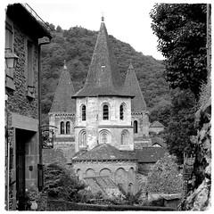 Abbatiale Sainte-Foy de Conques (HOR-BS 696) Tags: berndsontheimer frankreich aveyron conquesenrouergue kirche kloster abbatialesaintefoydeconques