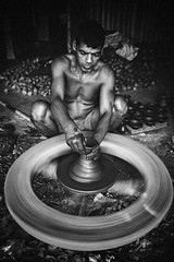_MG_6215 (Amlan Sanyal) Tags: india incredibleindia blackandwhite streetphotography dailylife candid pottery amlan siliguri
