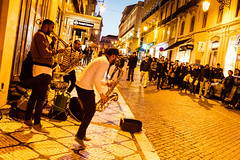 Lisbon street performers (fried oreo cookie) Tags: lisbon europe portugal travel amazing impressive colors canon 5dsr 5d digital 50mp sintra music performer musician blues crowd street city playing