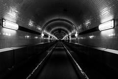 Empty Elbe Tunnel (Christoph Wenzel) Tags: urlaub deutschland stadt hamburg de sonyalpha6000 tamron18200mmf3563vc street architektur blackandwhite explored sommer bw