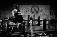 34442 - Jump (Diego Rosato) Tags: boxe pugilato boxelatina boxing ring match incontro nikon d700 2470mm tamron bianconero blackwhite jump salto angolo corner