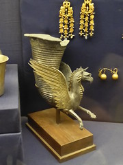Griffin Rhyton (Aidan McRae Thomson) Tags: cairo egyptian museum ancient egypt gold golden metalwork classical