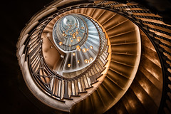 the golden one (Moni E) Tags: glamour light glow london uk british architecture stairway treppe lamp golden eos fisheye canon canon6dmarkii canonfisheye815mm 7dwf magicunicornverybest art gold