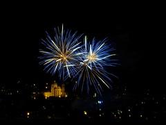 Fireworks at basilica Weingarten (fynnnikolaus) Tags: feuerwerk basilika langzeitaufnahme weingarten ravensburg nacht welfenfest kinderfest fireworks firework basilica