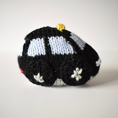 Toy Cars: London black cab (Knitting patterns by Amanda Berry) Tags: car cars knit knits knitted knitter knitters knitting pattern patterns craft crafts crafting make makers maker making hobby hobbies flat straight 4ply yarn handmade short rows amanda berry simply fluff fuzz saloon coupe cop police cab taxi london newyork red blue yellow white
