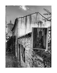 Le clocher de Penne (Jean-Louis DUMAS) Tags: nb blackandwhite black noireetblanc noire noiretblanc bw hdr village clocher