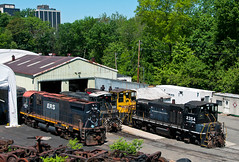 Switcher Stable (Erie Limited) Tags: morristownerie me morristownnj emd mp15dc alco mlw c424 sw1500