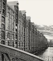 - (txmx 2) Tags: hamburg architecture building sw bw speicherstadt water canal bridge brick