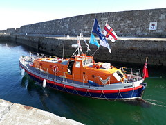 Laura Moncur (calzer) Tags: rnli samsung harbour marina morning lossiemouth laura moncur buckie old lifeboat