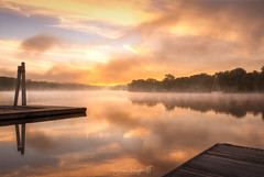 Calm River Morning (Simmie | Reagor - Simmulated.com) Tags: 2018 connecticut connecticutphotographer connecticutriver dawn daybreak ferrypark fog landscape landscapephotography mist morning nature naturephotography newengland outdoors river rockyhill soothing summer sunrise unitedstates calm ctvisit digital serene water wwwsimmulatedcom us greaterphotographers