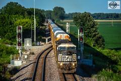 Westbound NS Auto Train at Liberty, MO (Mo-Pump) Tags: train railroad railfan railroader railway railroading railroads locomotive